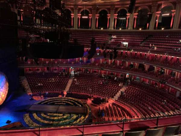 Royal Albert Hall, secção: Rausing Circle R, fila: 4, lugar: 47