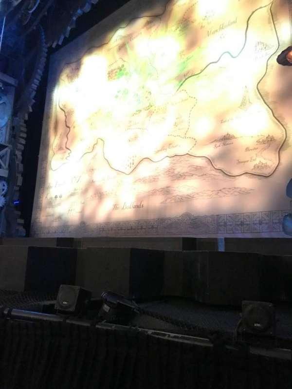 Apollo Victoria Theatre, secção: Stalls, fila: A, lugar: 16