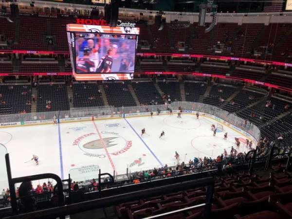 Honda Center, secção: 412, fila: K, lugar: 14