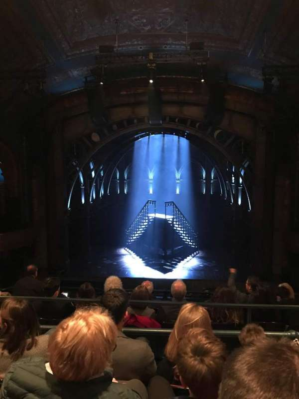 Curran Theater, secção: Mezzanine, fila: D, lugar: 110