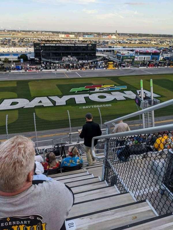 Daytona International Speedway, secção: 350, fila: 11, lugar: 5