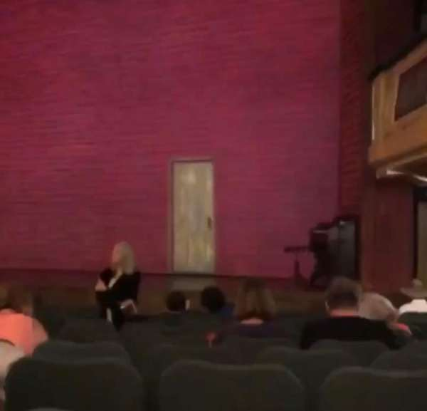 Shubert Theatre, secção: Orchestra R, fila: 6