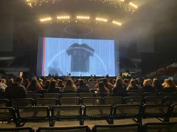 Bojangles' Coliseum, secção: Floor Center, fila: T, lugar: 9