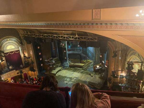 Walter Kerr Theatre, secção: Balcony R, fila: B, lugar: 26