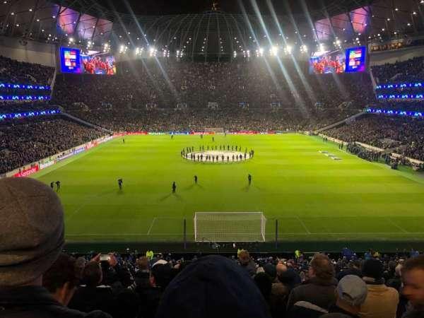 Tottenham Hotspur Stadium, secção: 420, fila: 11, lugar: 375