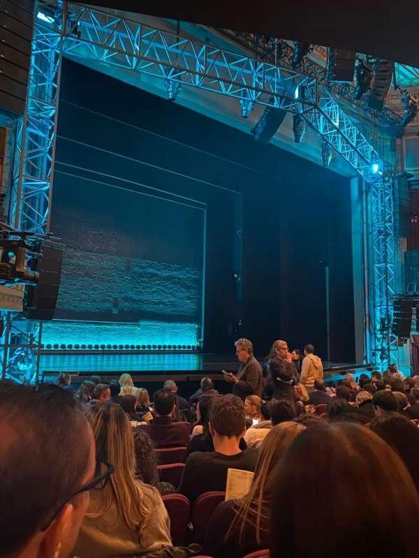 Broadhurst Theatre, secção: Orchestra L, fila: L, lugar: 17