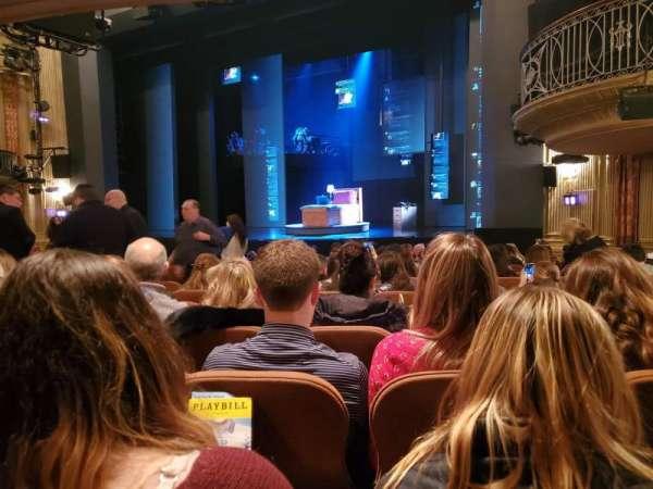 Music Box Theatre, secção: orchestra r, lugar: 18