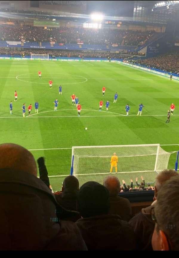 Stamford Bridge, secção: Matthew Harding Upper, fila: D