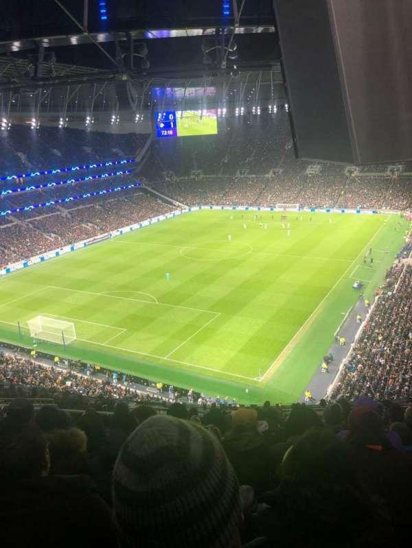 Tottenham Hotspur Stadium, secção: 511, fila: 18