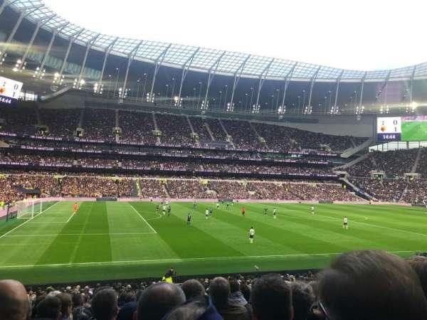 Tottenham Hotspur Stadium, secção: 108, fila: 27, lugar: 210