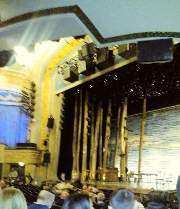 Gerald Schoenfeld Theatre, secção: Orchestra R, fila: M, lugar: 28
