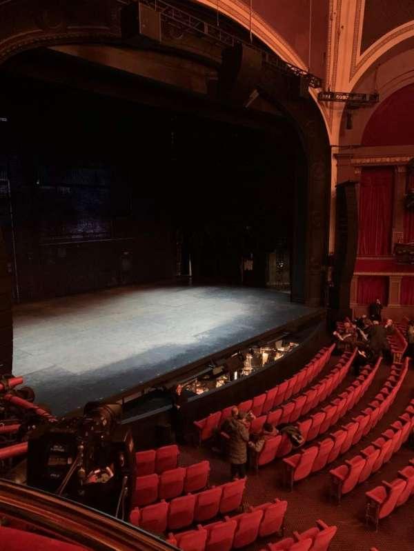 Broadway Theatre - 53rd Street, secção: Box B, lugar: 2