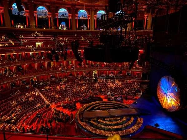 Royal Albert Hall, secção: Rausing Circle W, fila: 4, lugar: 183