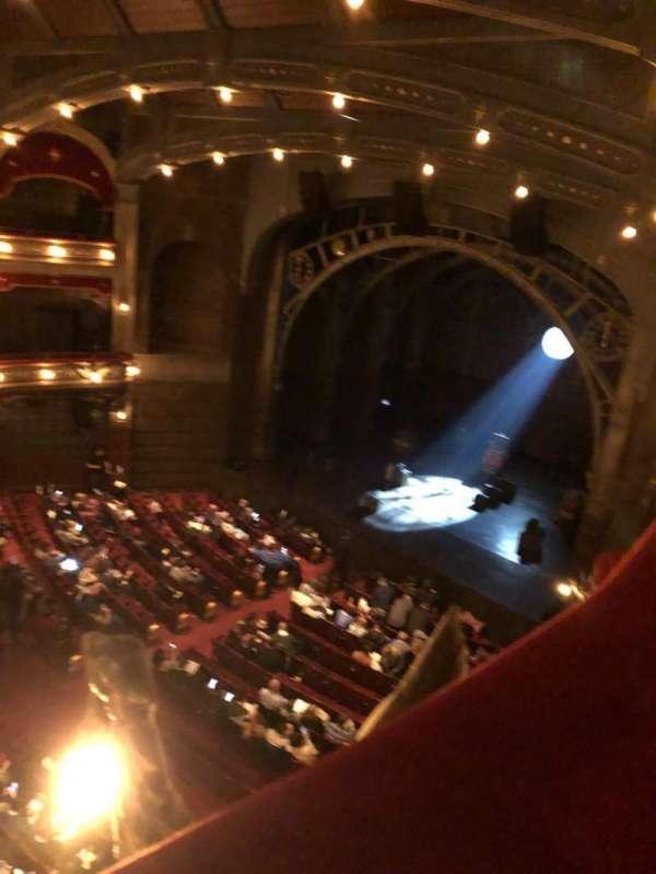 Lyric Theatre, secção: Balcony R, fila: A, lugar: 28