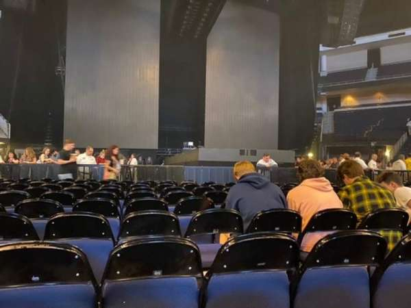Infinite Energy Arena, secção: Floor 2, fila: L, lugar: 6