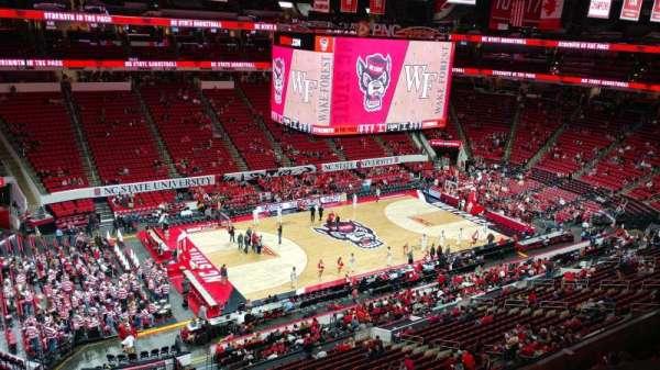 PNC Arena, secção: 306, fila: A, lugar: 23