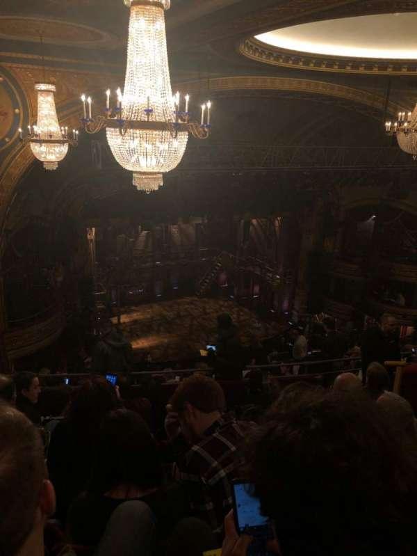 Richard Rodgers Theatre, secção: Rear Mezzanine L, fila: M, lugar: 27