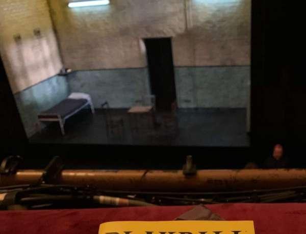 John Golden Theatre, secção: Front Mezzanine R, fila: A, lugar: 114