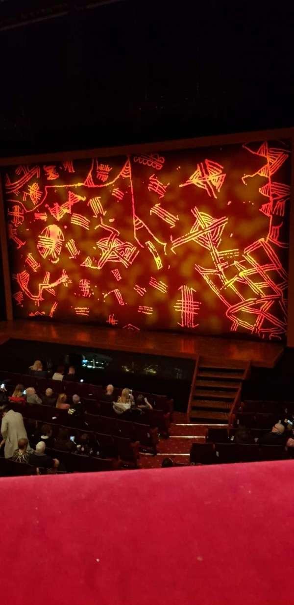Edinburgh Playhouse, secção: Circle, fila: A, lugar: 13