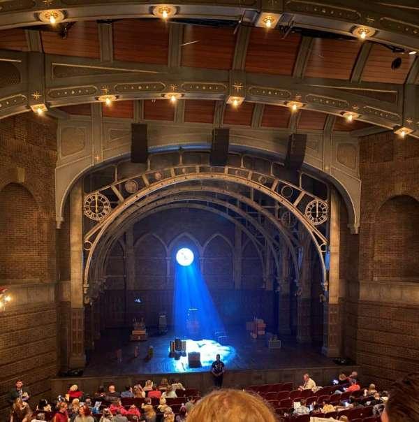 Lyric Theatre, secção: Dress Circle C, fila: B, lugar: 106