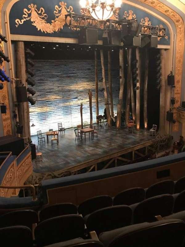 Gerald Schoenfeld Theatre, secção: Mezzanine L, fila: E, lugar: 23