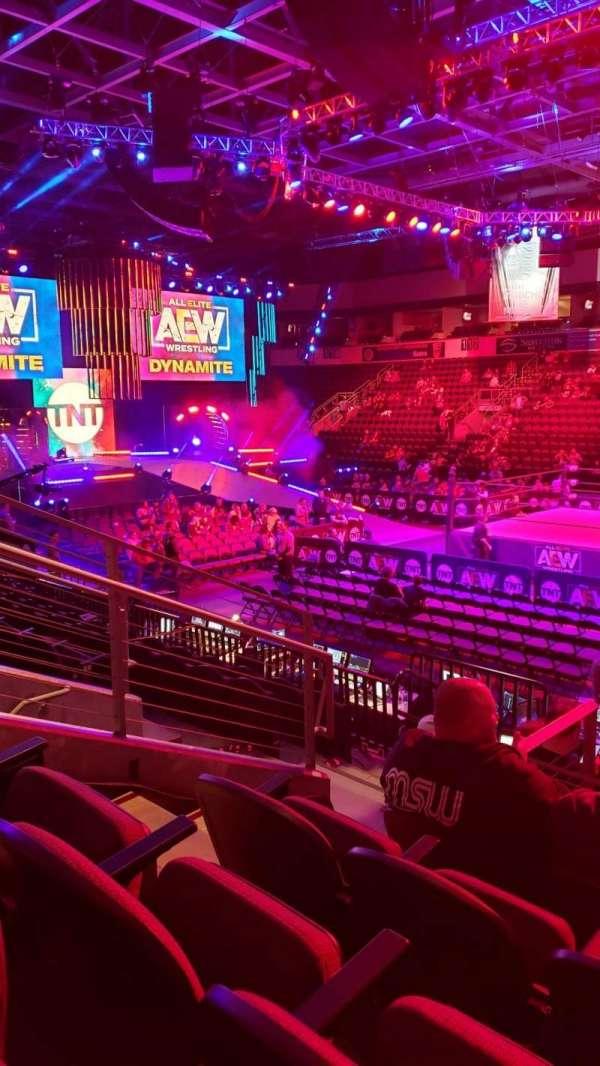 Silverstein Eye Centers Arena, secção: 107, fila: K, lugar: 11