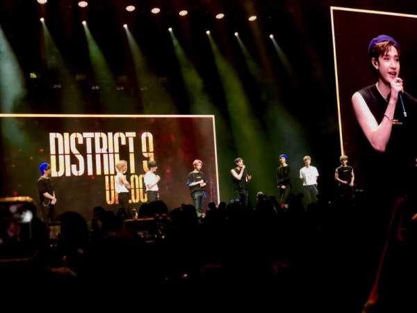 Microsoft Theater, secção: Orchestra Center Left, fila: F , lugar: 400