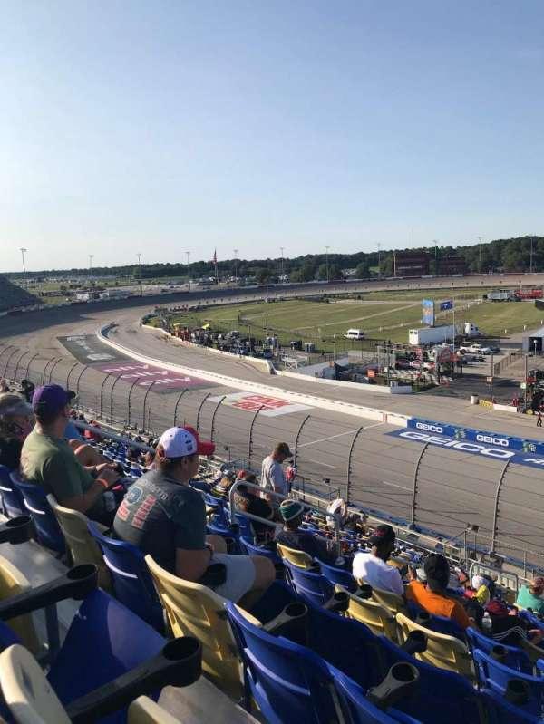 Darlington Raceway, secção: Tyler Tower V, fila: 18, lugar: 17