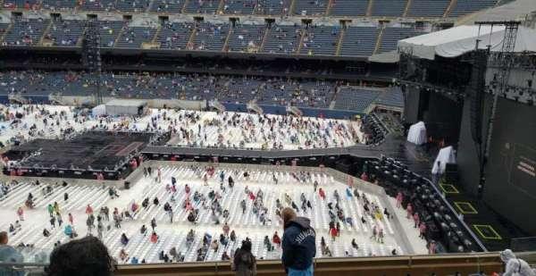 Soldier Field, secção: 305, fila: 10, lugar: 6