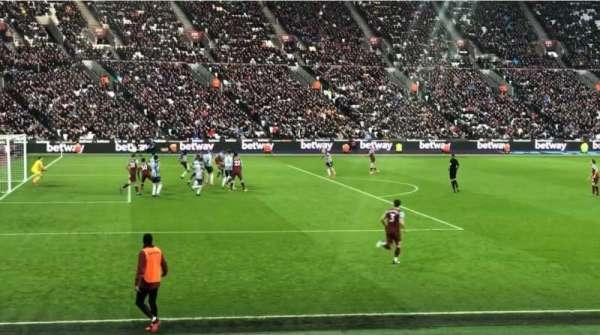 London Stadium, secção: 104, fila: 11, lugar: 407