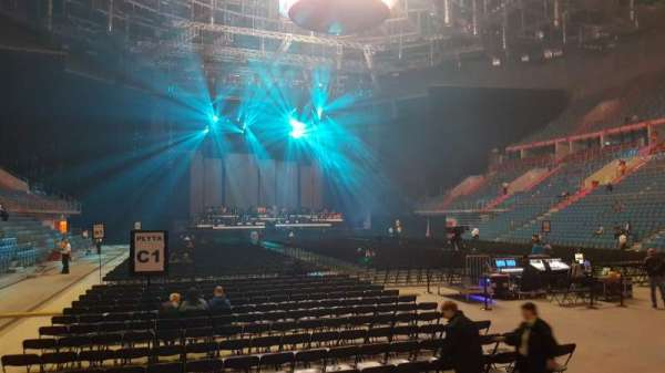 Tauron Arena Kraków, secção: A07, fila: 4, lugar: 7