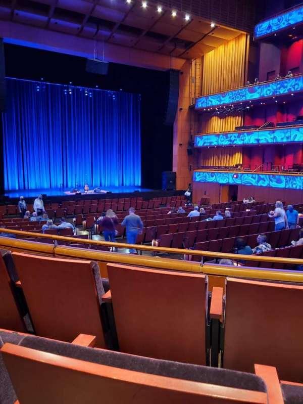 Tobin Center for Performing Arts, secção: Left Orchestra, fila: YY, lugar: 6