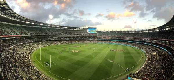 Melbourne Cricket Ground, secção: Q29, fila: A, lugar: 5
