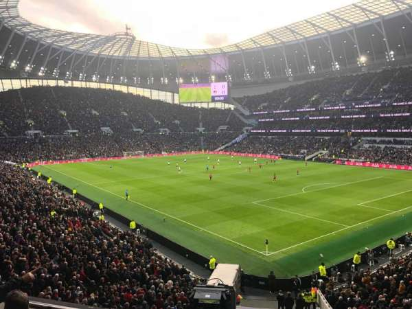 Tottenham Hotspur Stadium, secção: 424, fila: 5, lugar: 500