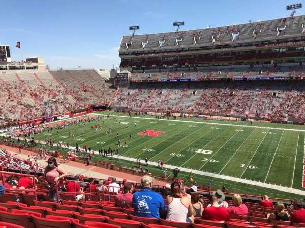 Memorial Stadium (Lincoln), secção: 222, fila: 16, lugar: 16