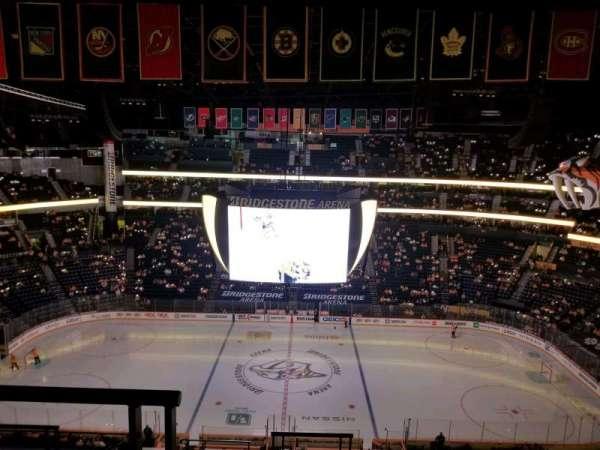 Bridgestone Arena, secção: 326, fila: J, lugar: 20
