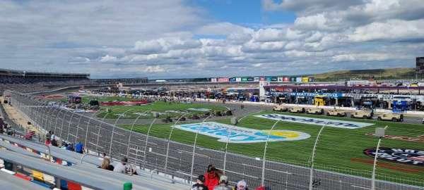 Charlotte Motor Speedway, secção: Ford h, fila: 19, lugar: 21