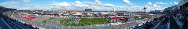 Charlotte Motor Speedway, secção: GM H, fila: 49, lugar: 32