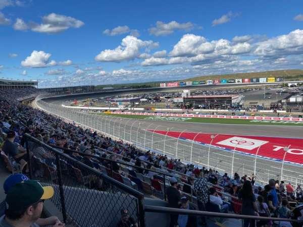 Charlotte Motor Speedway, secção: Chry B, fila: 33, lugar: 35