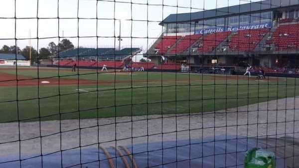Five County Stadium, secção: 218, fila: A, lugar: 6