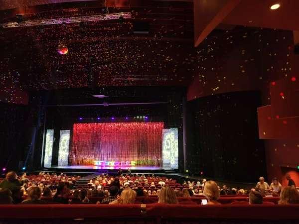 Crown Theatre (Perth), secção: Stalls, fila: T, lugar: 48