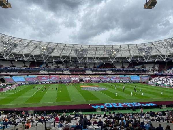 London Stadium, secção: 234, fila: 35