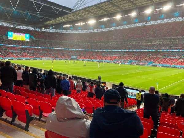 Wembley Stadium, secção: 118, fila: 25, lugar: 183