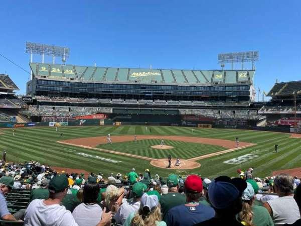 Oakland Coliseum, secção: 118, fila: 30, lugar: 4
