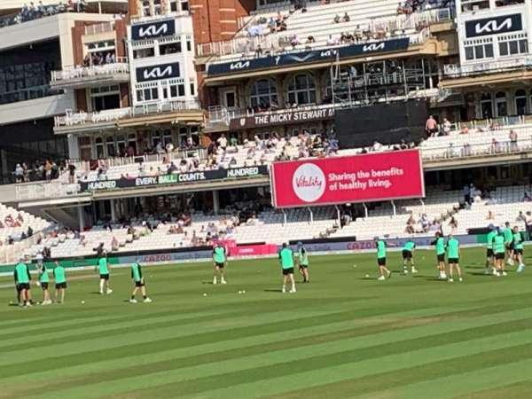 Kia Oval, secção: JM Finn Stand 6, fila: 16, lugar: 163