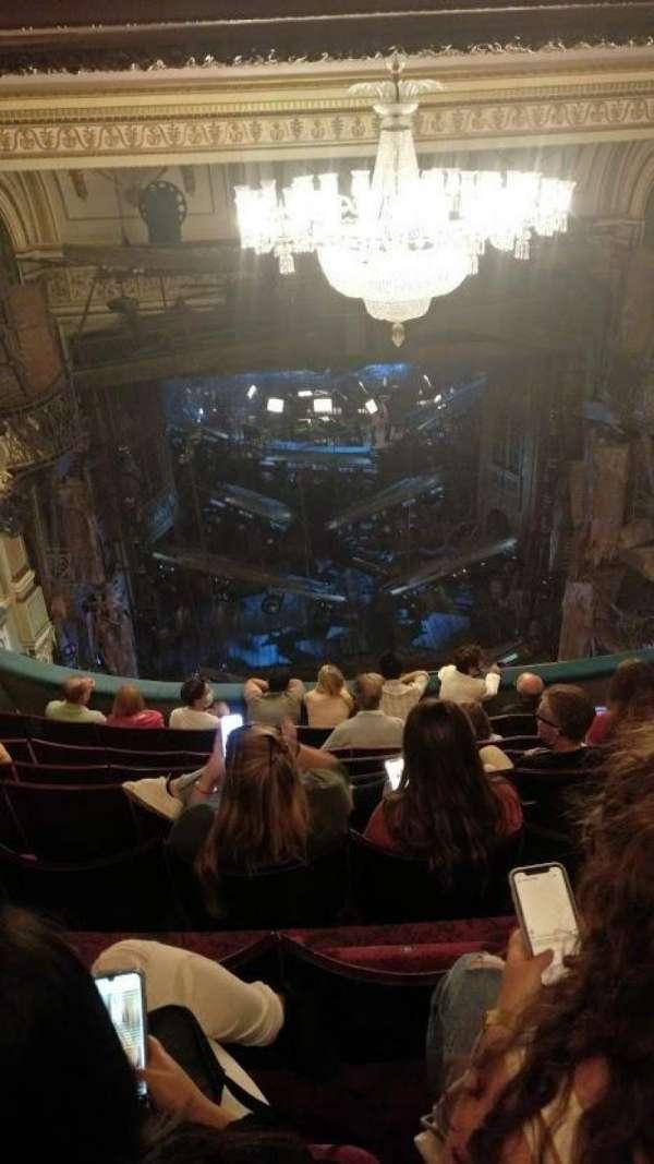 Sondheim Theatre (West End), secção: Dress Circle, fila: H, lugar: 16