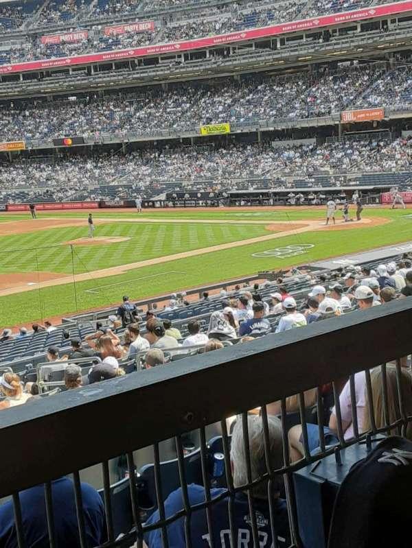 Yankee Stadium, secção: 127A, fila: 16W, lugar: 10
