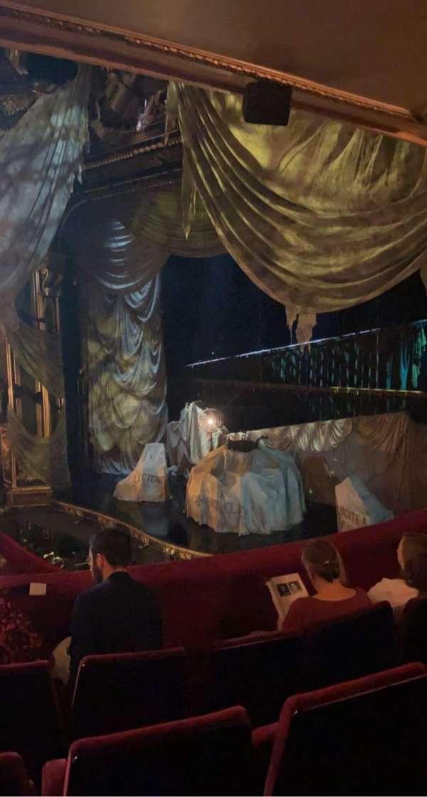 Her Majesty's Theatre, secção: Royal Circle, fila: D, lugar: 5