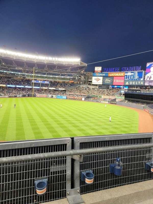 Yankee Stadium, secção: 209, fila: 2, lugar: 17
