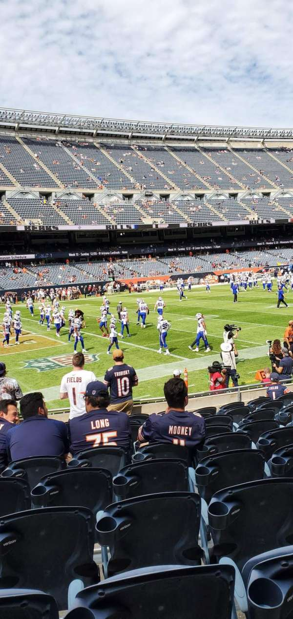 Soldier Field, secção: 115, fila: 10, lugar: 6